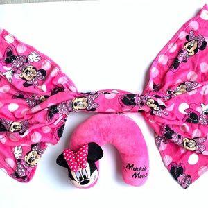Minnie Mouse neck pillow Blanket set